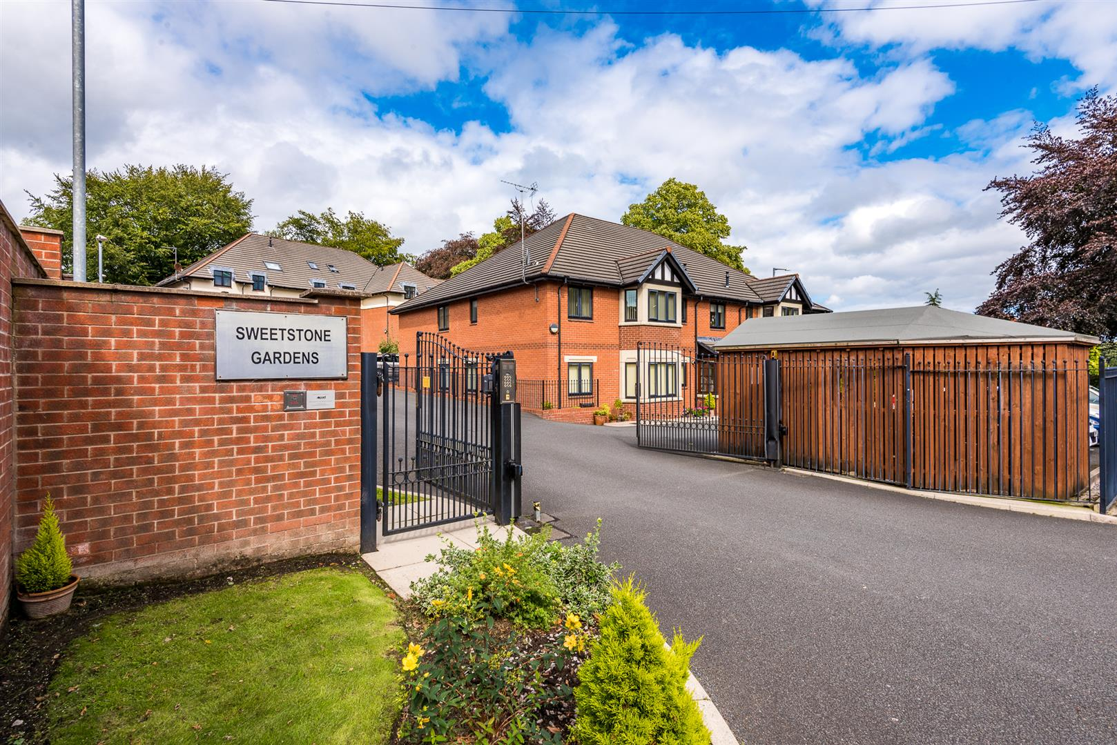 2 Bedroom Apartment Sale Agreed Image 0